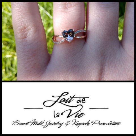 The Rey - Vermeil Rose Gold Heart Intertwined Band Ring