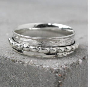 Sands Silver Spinning Ring with Dotty Band