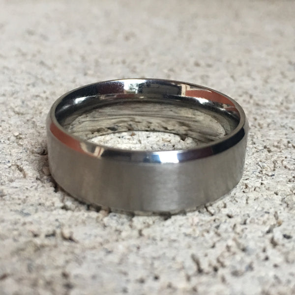 Brushed Stainless Steel Ring with Diamond Cut Edges, 8mm