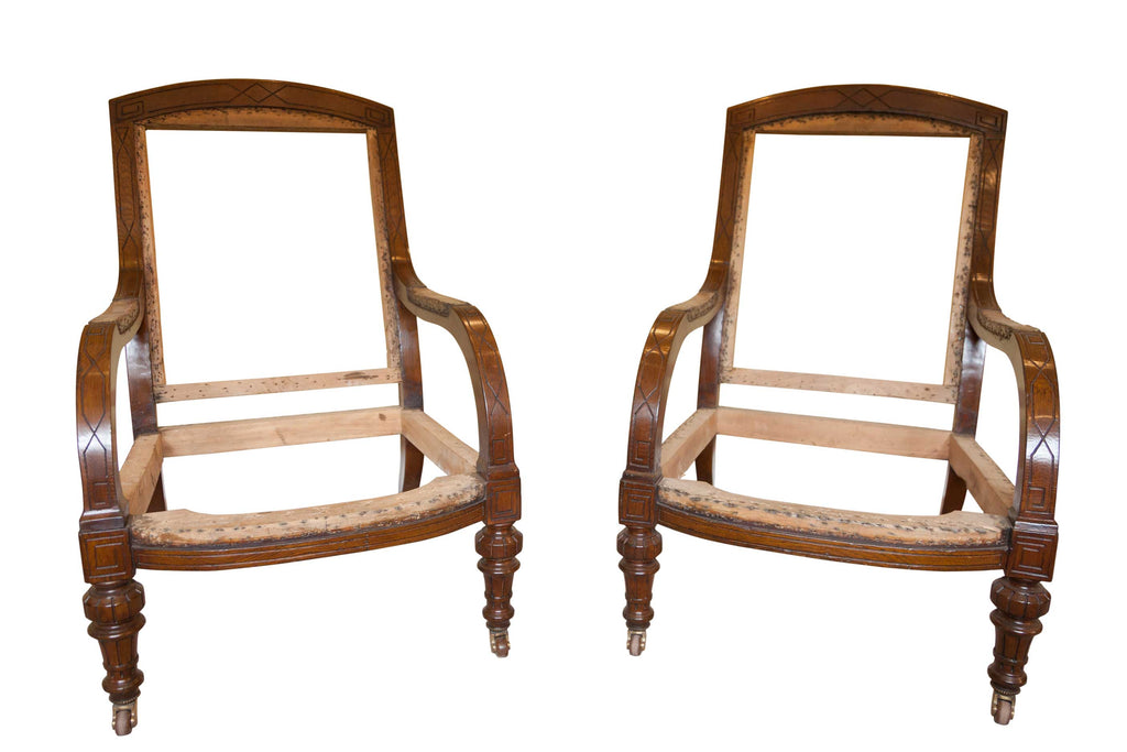 Pair of Low Oak 19th Century Gillows Style Armchairs. (England, 1890)