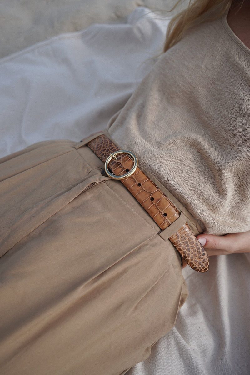 Round Buckle Leather Belt - By Anderson's