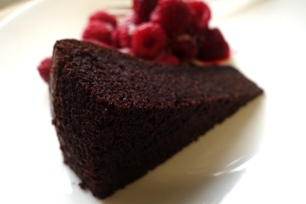 Olive Oil and Chocolate Cake 800g