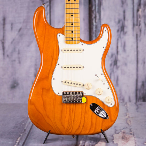 Fender Vintera '70s Stratocaster Electric Guitar, Aged Natural, front closeup