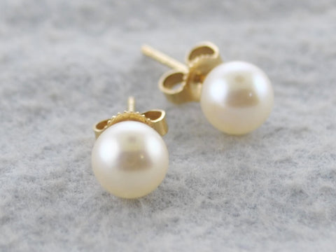 Contemporary Mikimoto 6mm White South Sea Cultured Pearl Stud Earrings in Yellow Gold - $1K VALUE