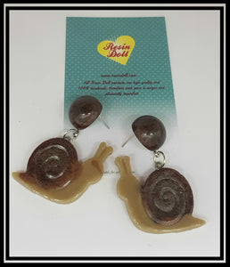 Simple dark snail drop earrings
