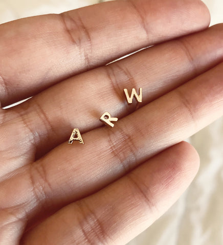 Tiny Initial Stud / Gold