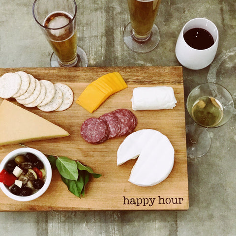 "Serving Board ""Happy Hour"""