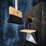 'Floating' Horsehair Broom & Bracket
