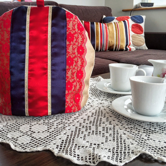 Royal Gold Collection Tea Cozy