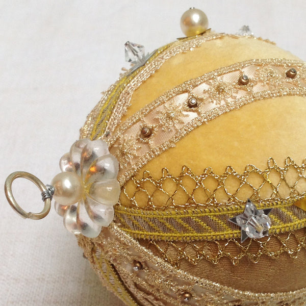Fabric bauble