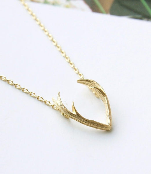 2017 New Fashion Deer Horn Antler Necklace Jewelry Simple Elegant Horn Necklace Antler  Tiny Cute Pendant Necklace N056