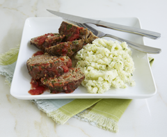 Meatloaf Minis with Cauliflower Mash