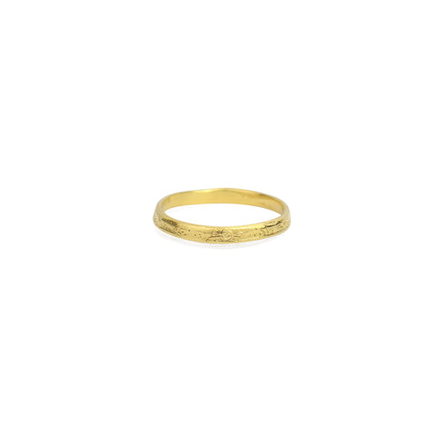 Moon crater ring 2mm gold