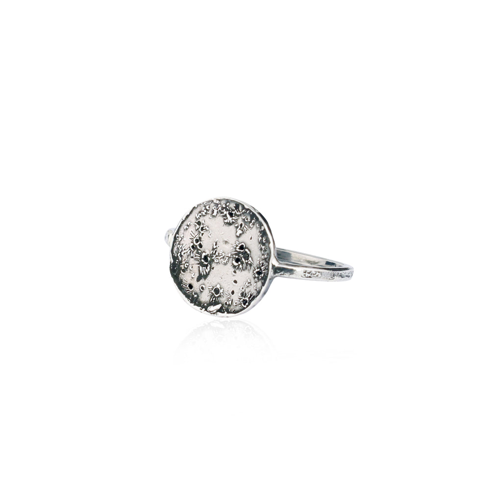 Moon disc ring silver
