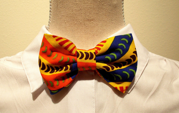 Bowties with Adjustable Neck Closure