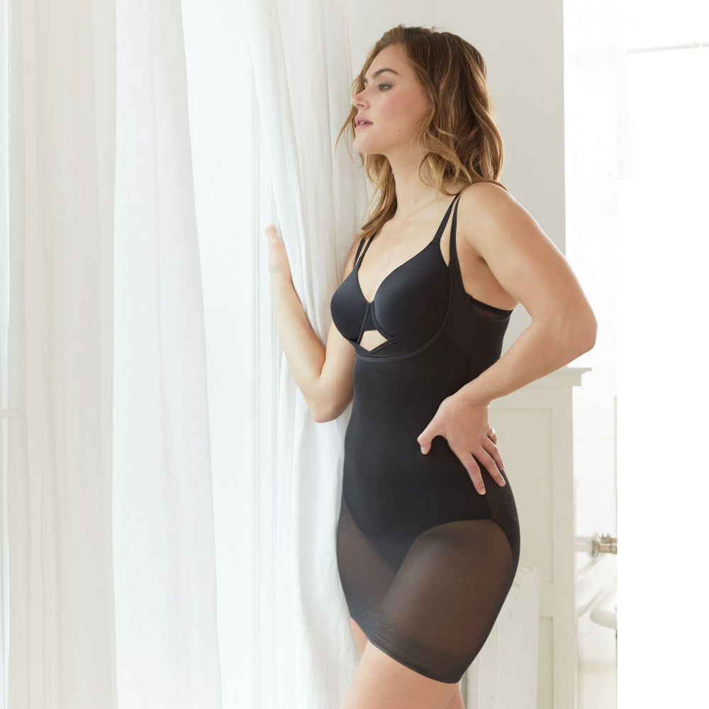 Miraclesuit Sexy Sheer WYOB Extra Firm Shapewear Slip 2772 Woman