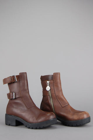 Double H Buckled Chunky Leather Ankle Boots