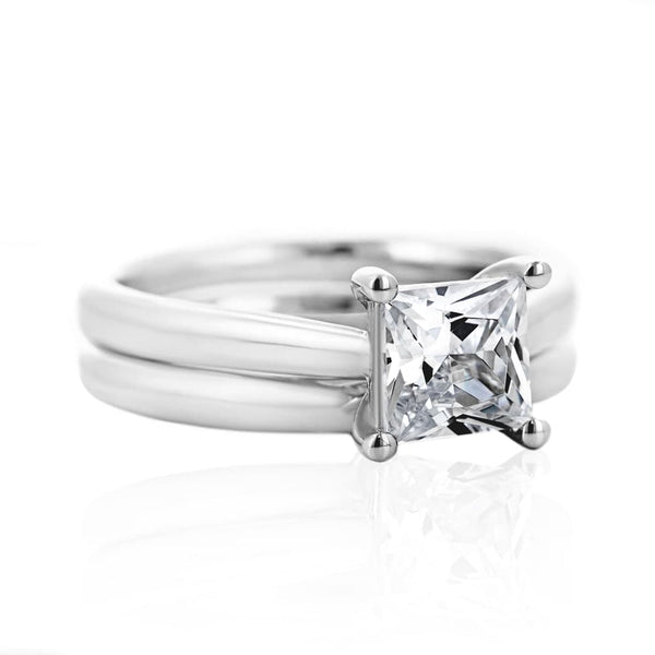 Blonde Solitaire Wedding Set