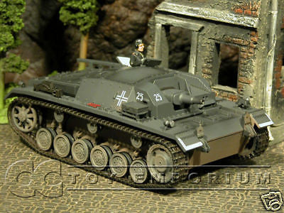 RETIRED Forces Of Valor German Sturmgeschutz III Ausf B