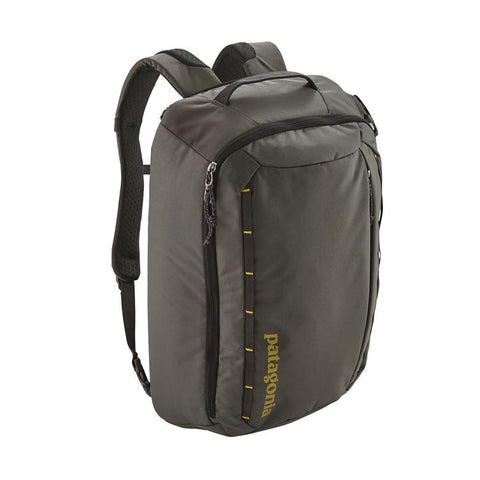 Patagonia - Tres Pack 25L  - Forge Grey w/ Textile Green