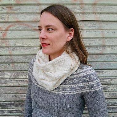 The Guernsey Cat Cowl Pattern by Kristen Olson-Patterns-Paradise Fibers
