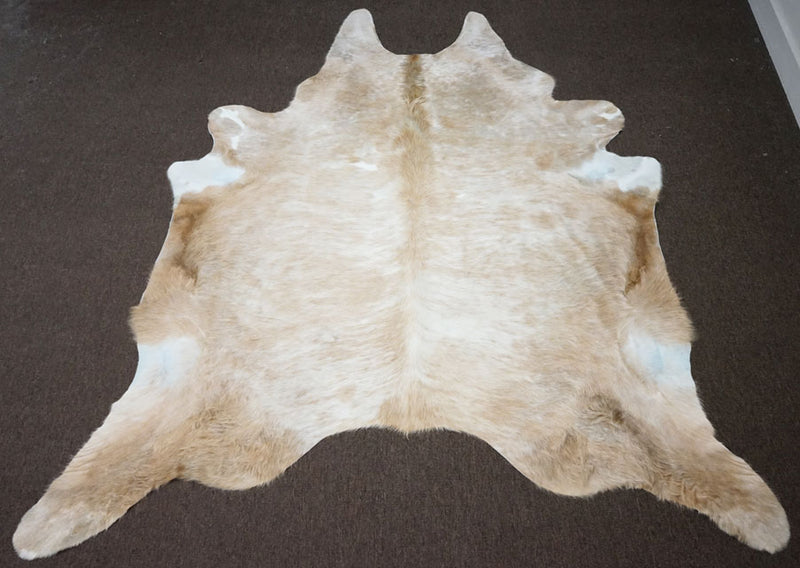Brazilian Exotic Brown Rodeo Cowhide [Size: 9'1 x 7'10] - 2398 - Rodeo Cowhide Rugs