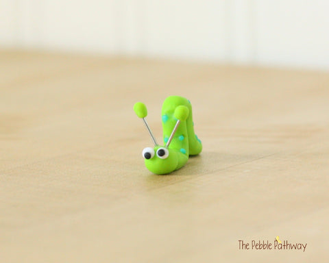 Tiny inch worm  - Woodland Animals - Terrarium Accessory - fairy garden decoration  Cupcake Topper 0497 - ThePebblePathway