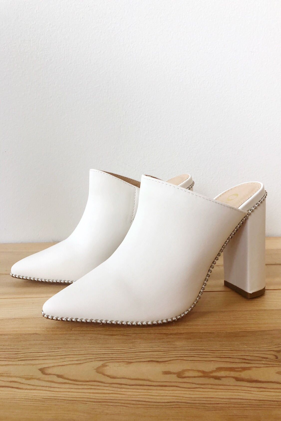 mode, step it up heeled mules