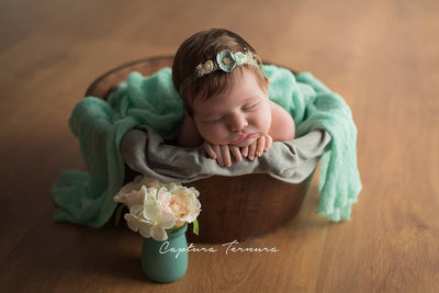 rustic bucket prop for newborn photography