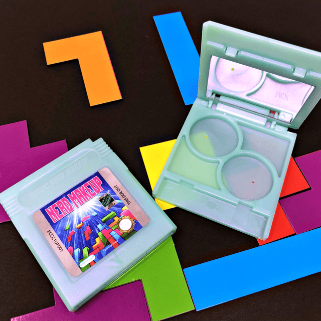 Cartridge Compact | Nerd Makeup Kombat