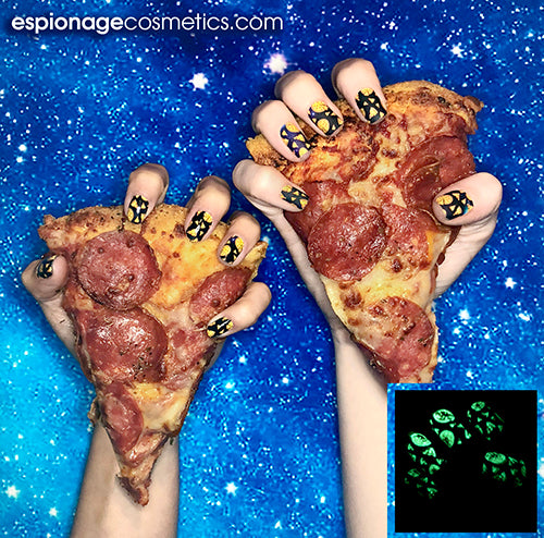Pizza In SPACE  | GLOW