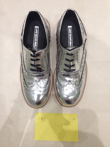 Ladies 6.5 Gents 5 US | 4 UK | 37  EU Silver/mirror/chrome (sample sale) E