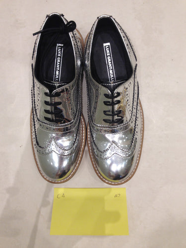 Ladies 6.5 Gents 5 US | 4 UK | 37  EU Silver/mirror/chrome (sample sale) A7