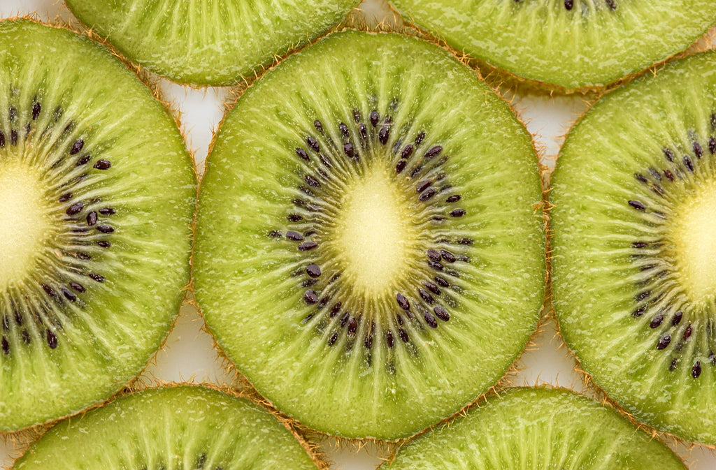 How to cut a kiwi: Kiwi slices