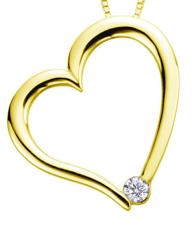 Canadian Diamond Heart Set in Yellow Gold