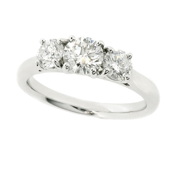 Brilliant cut diamond three stone ring in platinum, 1.00ct