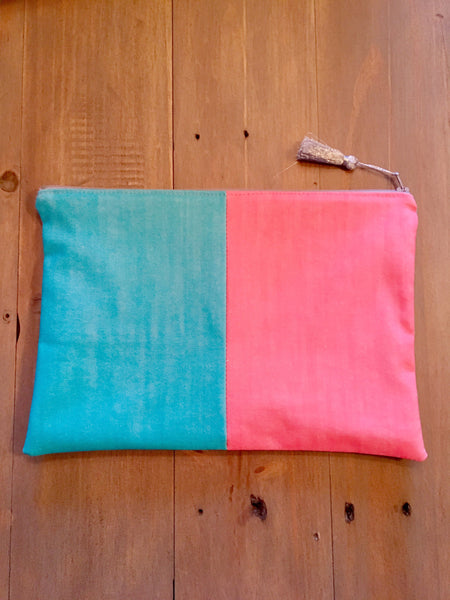 Two-tone neon clutch