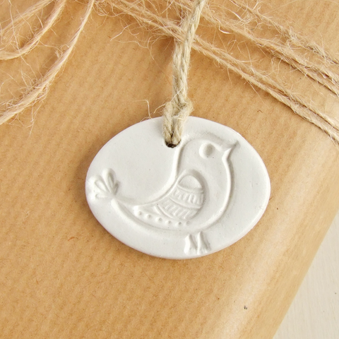 oval white clay bird ornament gift tag by bonschelle 1