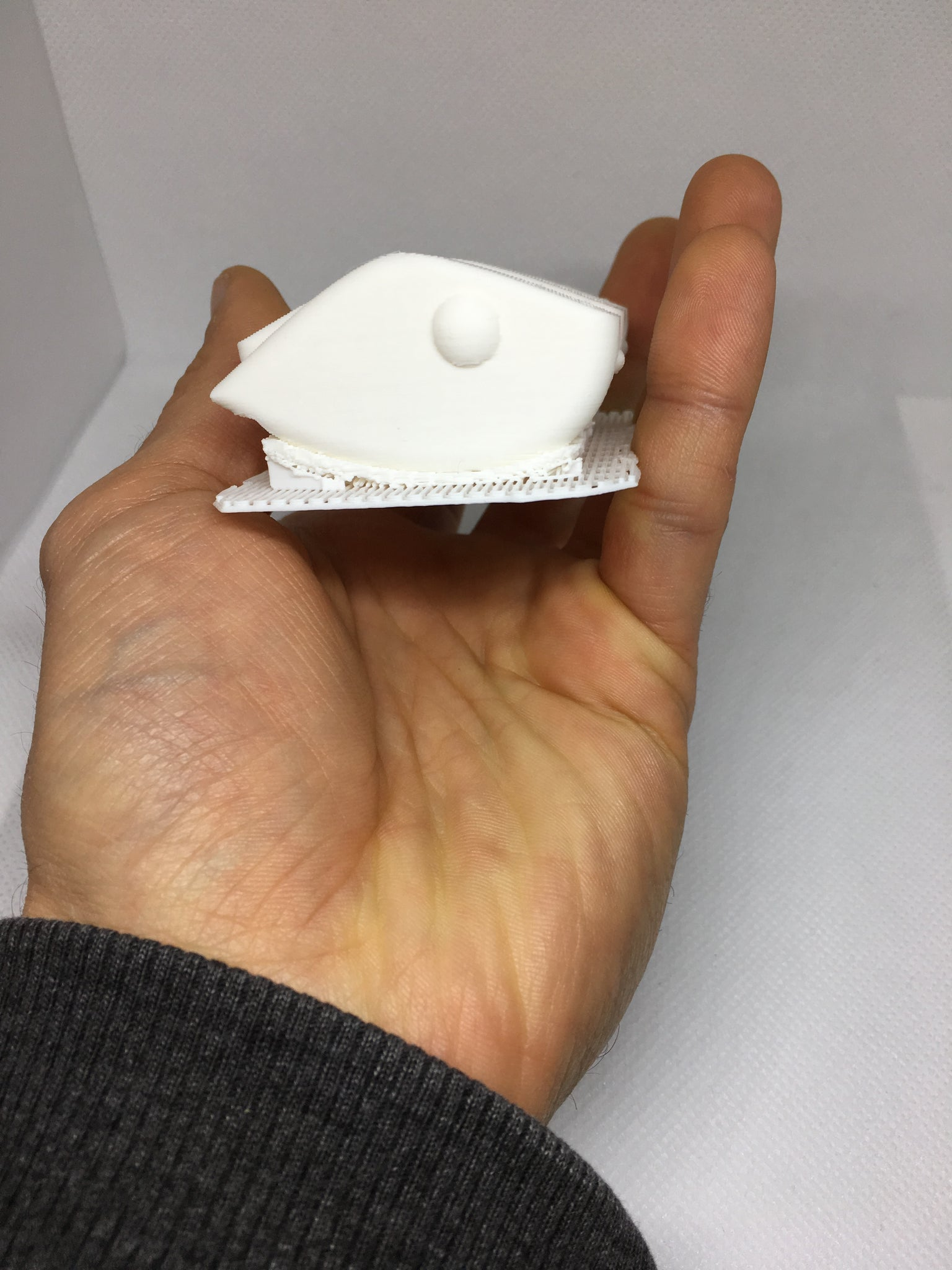 LIPLESS CRANKBAIT 2 INCH BLANK 3D PRINTED FRESH OFF THE PRINTER (WHITE)