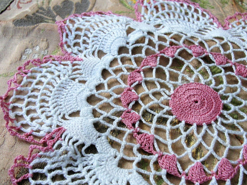 BEAUTIFUL Vintage Doily PINK and Snowy White Hand Crocheted Doily Farmhouse Decor, French Country Cottage,Unique Design Collectible Doilies