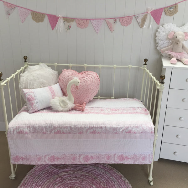 Juliet Pink Cot Quilt Nursery Bed Linen Bedding Lovely Linen
