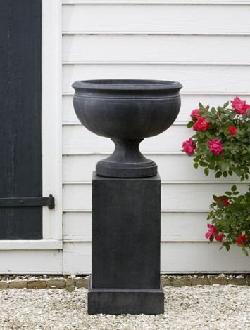 Image of Campania International Williamsburg Plantation Urn - Life onPlum - 1