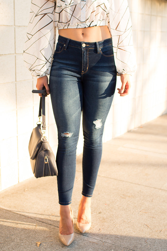 MY AMORE SKINNY & DISTRESSED JEANS