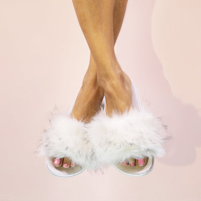 Furry Slides - White