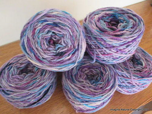 100% Pure Natural Chilean Wool Yarn, Handmade Knitting Hand Dyed Skein Araucania (Multicolour Violet Blue) - Imagina Natural