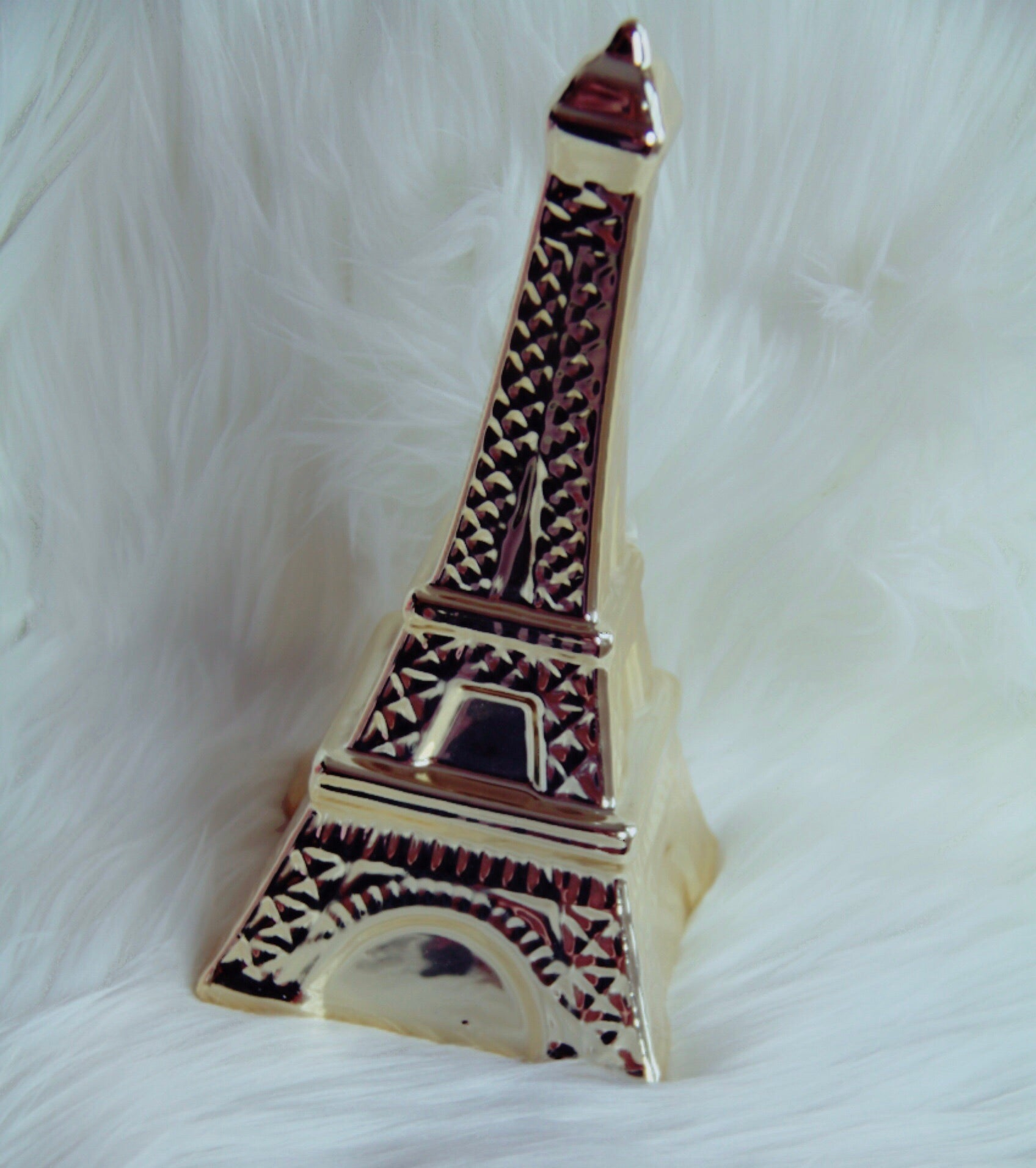 Gold Eiffle Tower - Classy Pink Boutique
