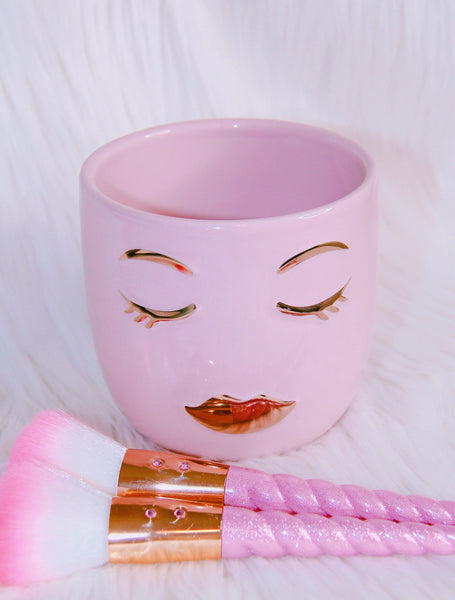 Eyelash girl light pink brush holder - Classy Pink Boutique