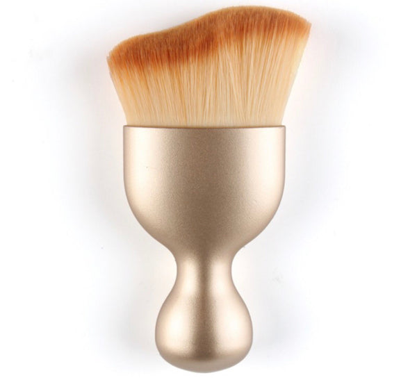 Small gold brush
