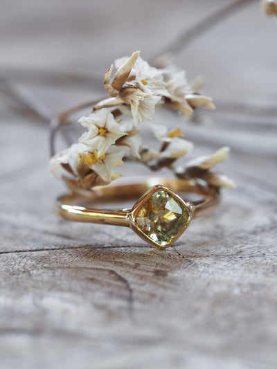 AA ANNISA Rutile Golden Sapphire Ring in Gold - Gardens of the Sun Jewelry