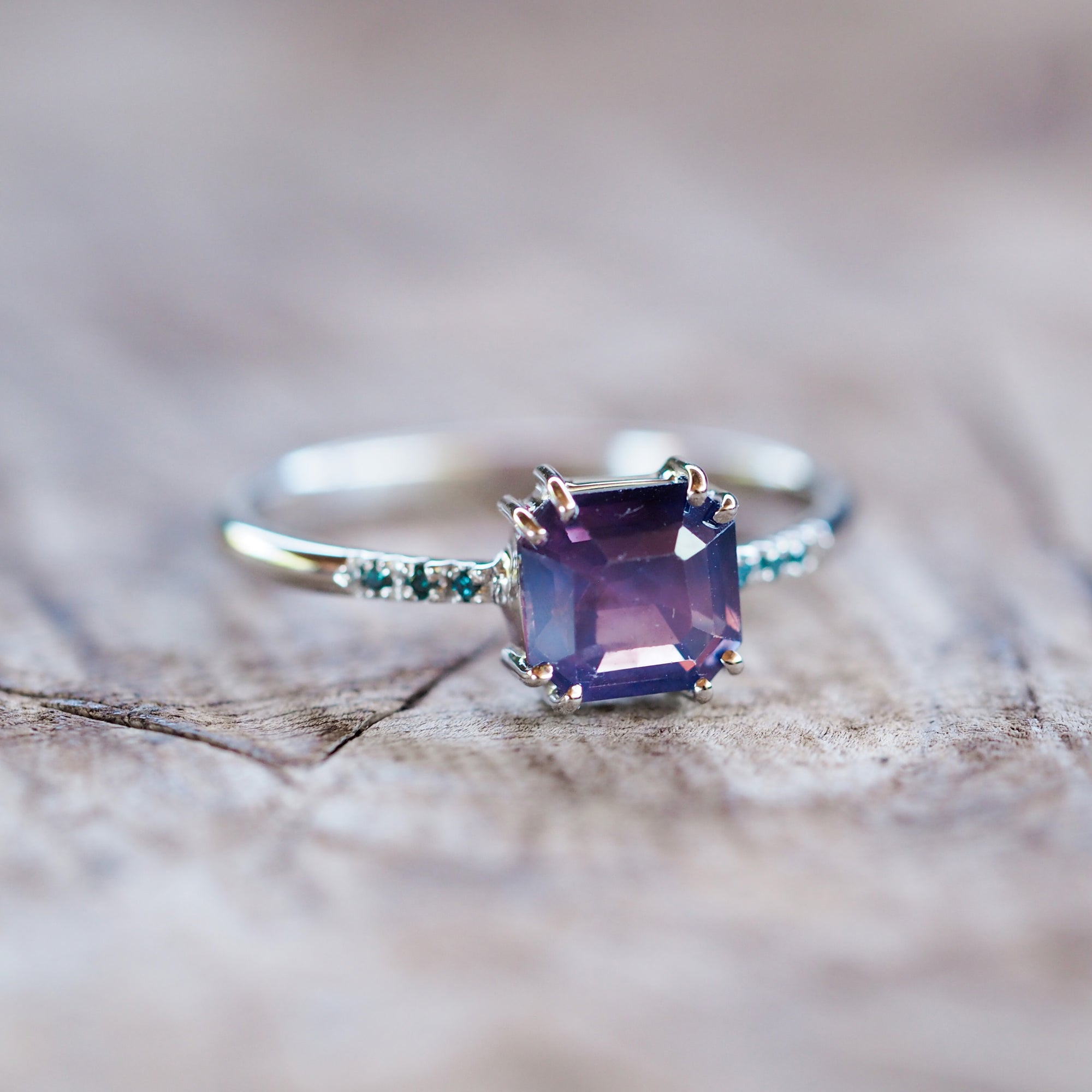 Purple Sapphire Ring in White Gold